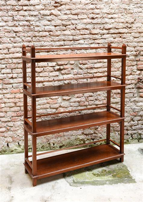 etagere legno etagere legno lunga scenaperta
