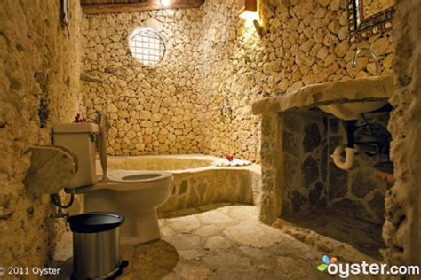 extreme bathrooms extreme bathrooms travel channel