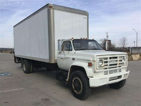 gmc semi truck 1987 gmc 7000 heavy duty cab chassis truck for sale