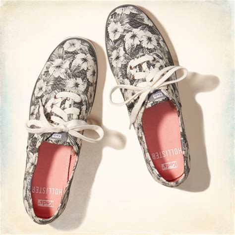 graphic sneakers youll   wear  summer style