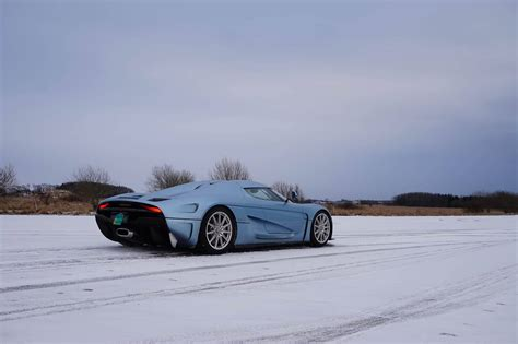 koenigsegg snow first look koenigsegg regera with christian von