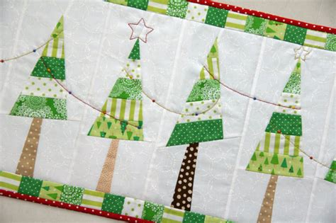 free pattern for christmas tree table runner festive christmas tree table runner pdf pattern