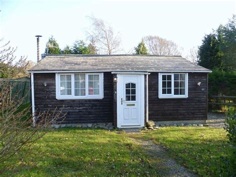 2 bedroom cabins for sale 2 bedroom log cabin for sale in llanwnda ll54