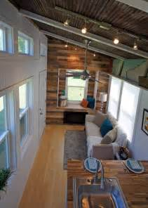 Shatter Proof Home Windows Decor This Bubbly Tiny House Looks Gorgeous But Then I Saw The Inside And Wow