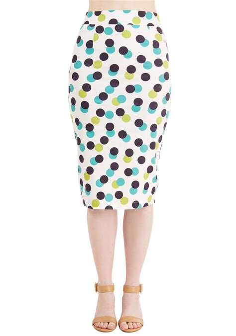 this polka dot plus size pencil skirt is a must for your