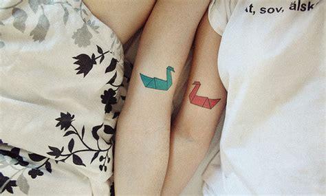 lesbian couple tattoo cranes origami svenska image 72806