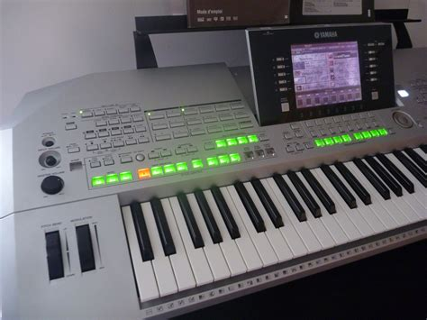 Keyboard Yamaha Tyros 2 yamaha tyros 2 image 273477 audiofanzine