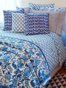 roberta roller rabbit bedding roberta roller rabbit 1 171 shefinds