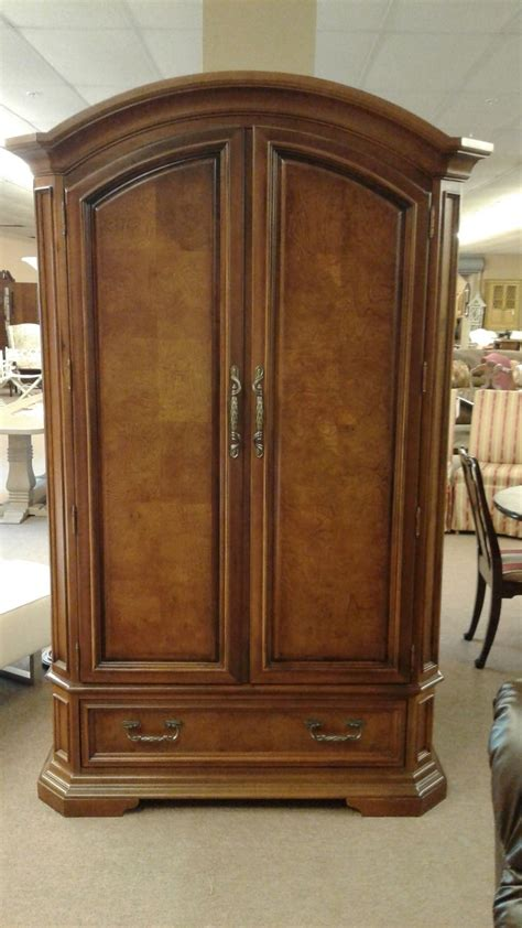 Stanley Wardrobes by Stanley Arched Top Wardrobe Delmarva Furniture Consignment