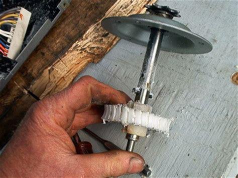 chamberlain garage door opener gear replacement