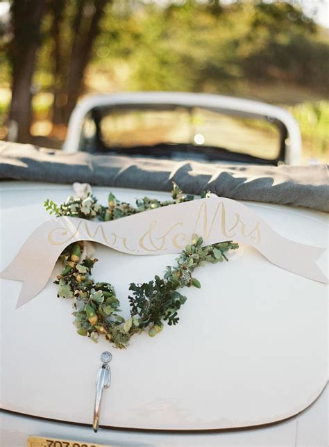 Wedding Car Decoration Uk by Getaway Wedding Cars Wedding Getaway Car Decorations