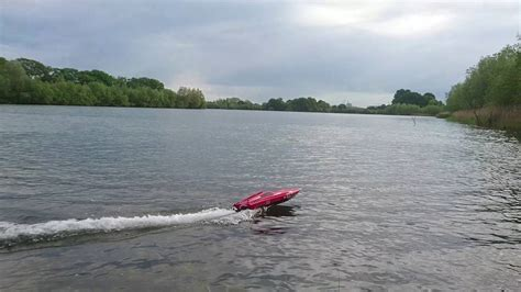 vector 80 rc boat volantex vector 80 rc speed boat modified marina lake