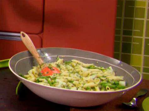 pene con salchicha y pasta penne con ma 237 z y salchicha picante recetas food