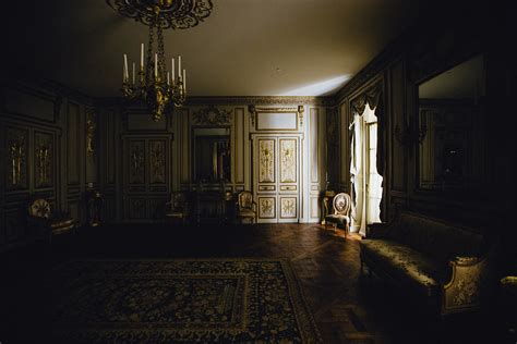 stately home drawing room light  photo  pixabay