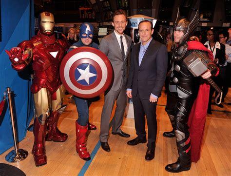 marvel film new york clark gregg and tom hiddleston photos photos marvel