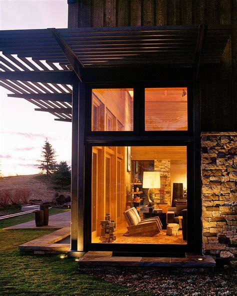mount wilson residence rustic family retreat reinterprets