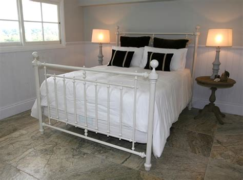 White Metal Framed Beds White Metal Bed Frame King Size Bed Frames Ideas