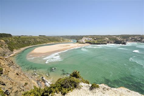 friendly beaches best family friendly beaches in algarve oliver s travels journal