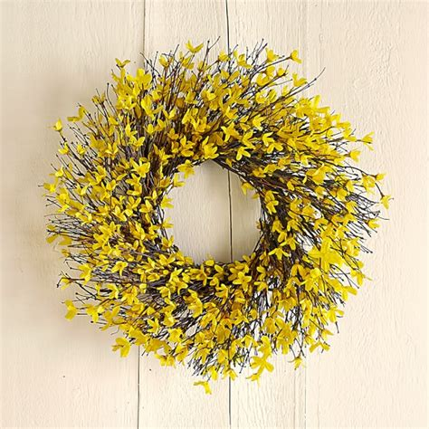 forsythia wreath tutorial forsythia wreath wreaths and easy forsythia wreath williams sonoma