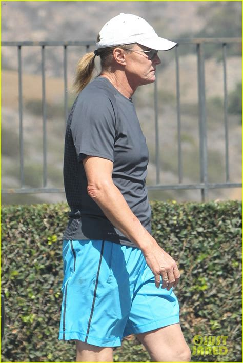 info on bruce jenner transitioning bruce jenner s transition to woman has been confirmed
