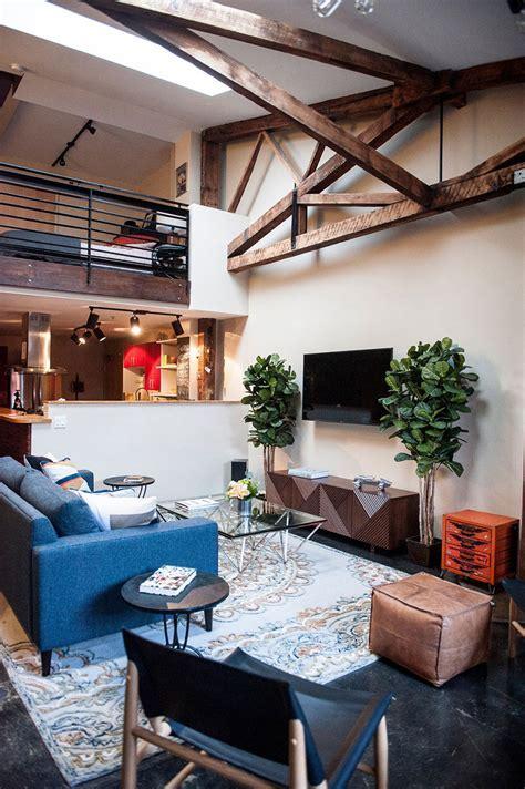 An Eclectic Loft in the Heart of Oakland   Design Milk
