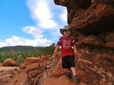 Garden Of The Gods Easy Hikes Families Into In Colorado Springs Colorado
