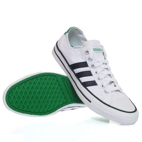 Adidas 5 Stripe White Solid Sport Shoes adidas vlneo 3 stripes lo mens casual shoes white black sportitude