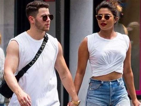 priyanka chopra hiding engagement ring priyanka chopra s engagement ring by nick jonas costs rs 1