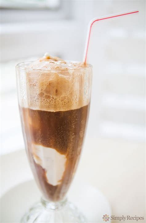 Dyc Rootbeer Float Root Float Recipe Simplyrecipes