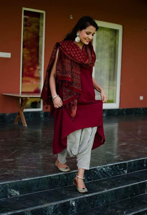 long kurti  white salwar  printed dupatta indian