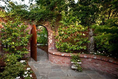 Using Bricks In The Garden Smart Ideas For Garden Design Brick Garden Wall Designs