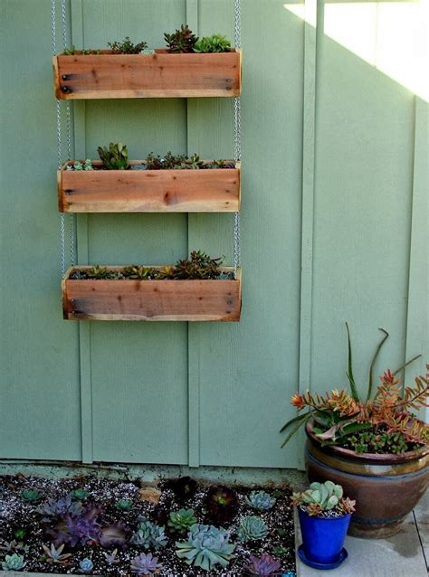 32 Best Diy Pallet And Wood Planter Box Ideas And Designs Hanging Planter Boxes