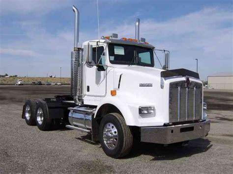 kenworth t800 semi truck kenworth t800 2003 daycab semi trucks