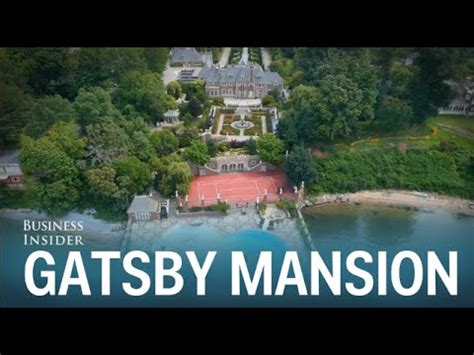 great gatsby island there s a gatsby esque mansion on island and it just