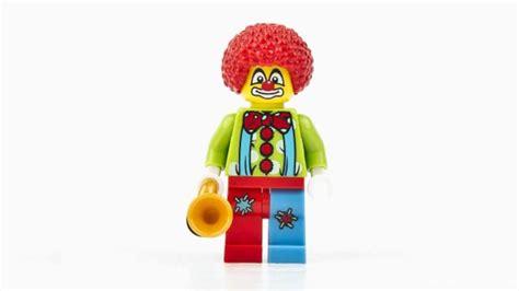 the circus series 1 lego minifigures series 1 circus clown