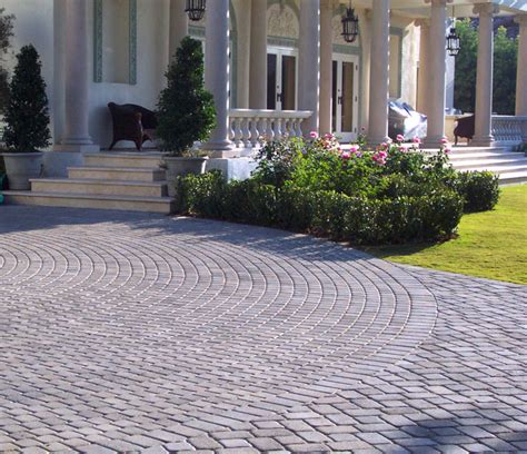 Patio Paving Ideas 15 Paving Driveway Design Ideas Digsdigs