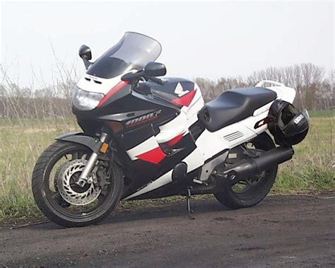 Motorrad 1200 Ccm Drosseln by Honda Honda Cbr1000f Moto Zombdrive