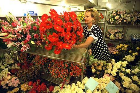 White House Florist by White House Florist Wendy Elsasser Prepares An Arrangement