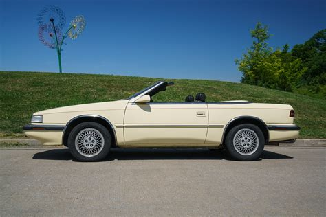 Chrysler Maserati by 1991 Chrysler Tc By Maserati Fast Classic Cars