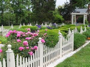 garten holzzaun white picket fence the garden walk garden talk