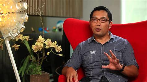 Wifi Di Bandung ridwan kamil lengkapi ribuan masjid di bandung dengan wifi