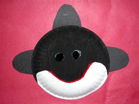 Paper Plate Whale Craft - paper plate orca projects crafts