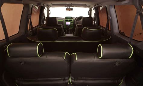 toyota land cruiser prado seating capacity buschtaxi net addicted to toyota land cruiser hilux fj