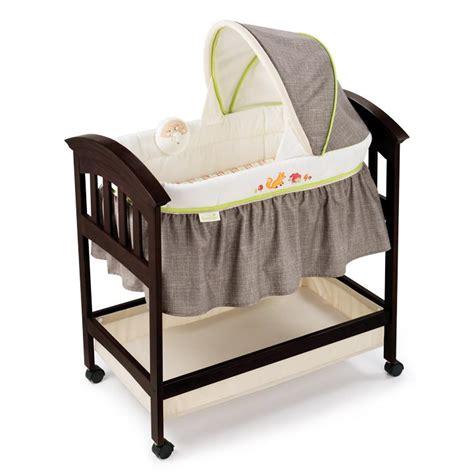 Summer Infant Classic Comfort Wood Bassinet Amazon Com Summer Infant Classic Comfort Wood Bassinet