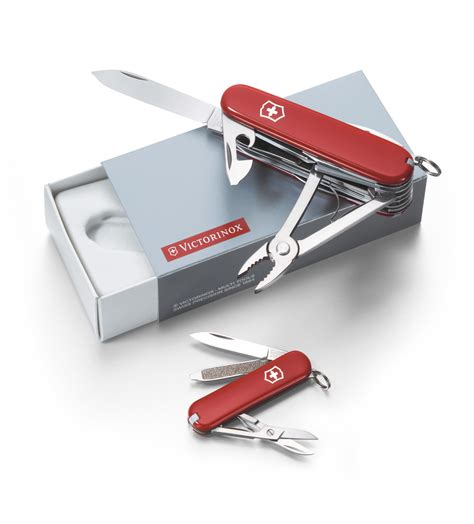 swiss classic carving set by victorinox at swiss knife shop victorinox duo set 58mm 2 1 4 classic victorinox