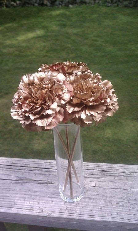 spray painting flowers 25 best ideas about spray paint flowers on