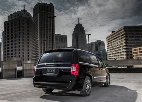 Chrysler Town And Country S by Chrysler Town And Country S