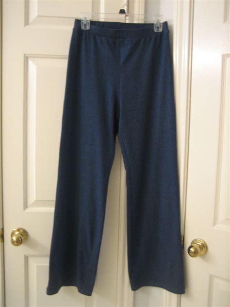 Pattern Review Yoga Pants | kwik sew yoga pants and top 3115 pattern review by renren