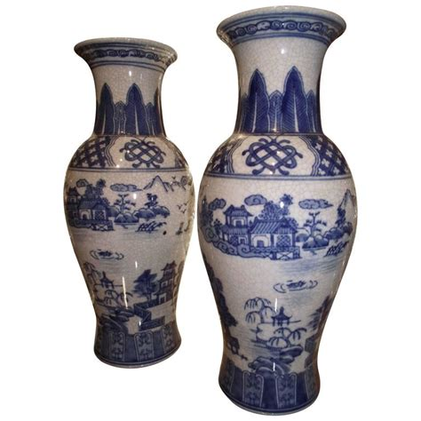 Vase Reproductions by Blue And White Vases Antiqued Reproduction W