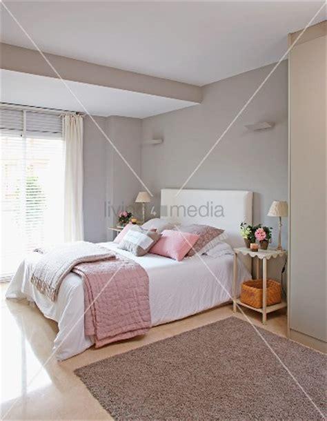 schlafzimmer einrichten wandfarbe - Rosa Weiß Und Gold Schlafzimmer